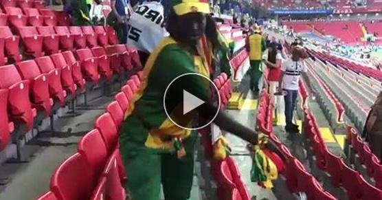 Odnotowano na Mundialu niepatriotyczne zachowania kibiców z Senegalu. Po wygranej z Polską, zamiast palić race, drzeć gęby i chlać, sprzątają swój sektor. Także w czasie meczu zachowywali się niepatriotycznie - nie gwizdali i nie wyrywali krzesełek