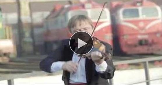 Litewskie lokomotywy wykonują polski hymn [WIDEO]