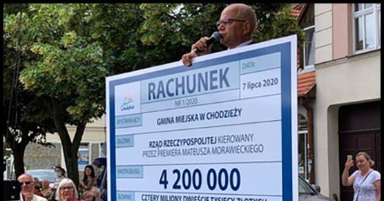 Burmistrz Chodzieży chciał wręczyć Morawieckiemu rachunek na 4 200 000 zł Tyle według burmistrza przez rok musiał dopłacić lokalny samorząd do zmian wprowadzonych przez obecny rząd