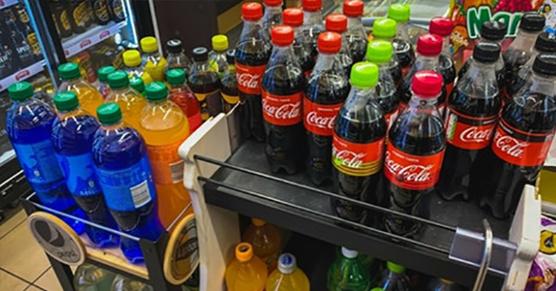 Polacy przechytrzyli podatek cukrowy. Coca-Cola jako odrdzewiacz